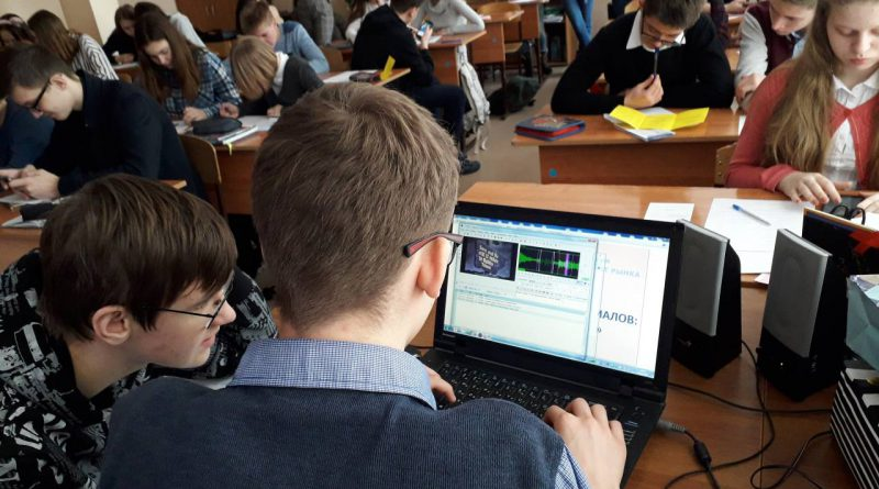 Самарские НКО учат школьников создавать субтитры
